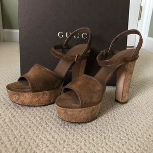 GUCCI NAPPA CHARLOTTE ACERO SUEDE SOFTY SANDAL